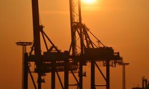 Hafenkräne - Industrie und Wirtschaft